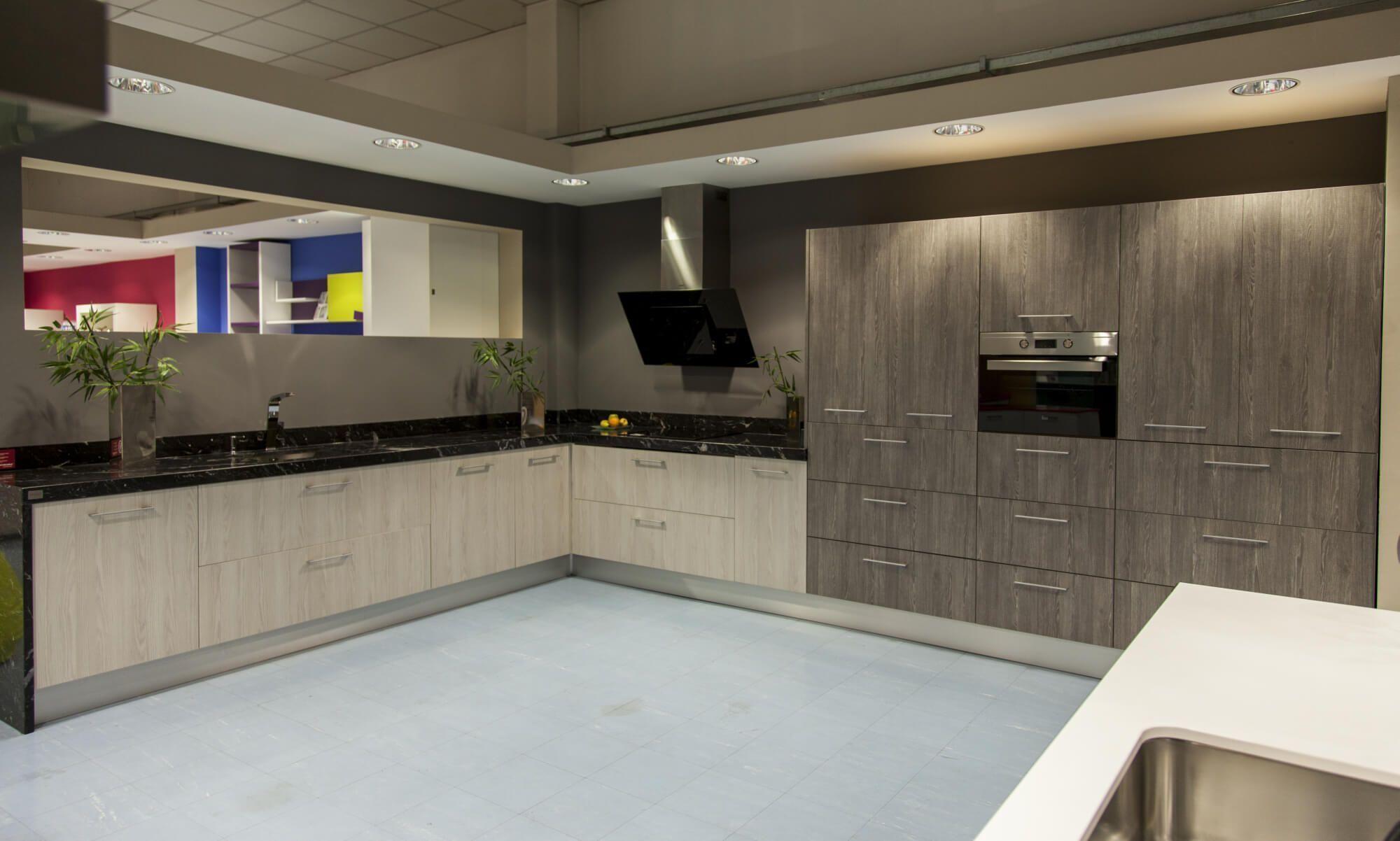 Exposicion muebles de cocina alcala 4 lasan decoracion - Muebles penalver alcala la real ...