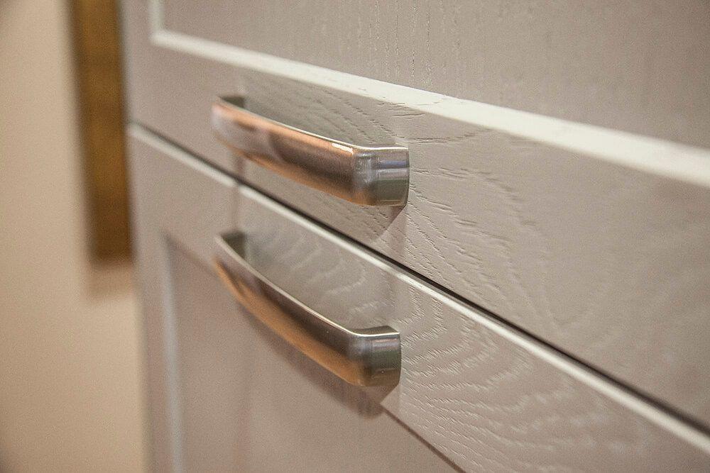 detalle puertas cocina de madera modelo minue